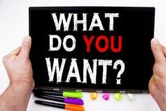 Question What Do You Want tekst op tablet, computer in het bureau met teller, pen, kantoorbehoeften wordt geschreven die Bedrijfs Royalty-vrije Stock Foto