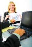 Questionando a carta das vendas Imagens de Stock