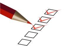 Questionnaire avec le crayon lecteur rouge Photographie stock