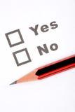 Questionnaire et crayon Photo stock
