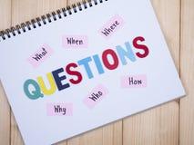 Questions, ce qui, quand, où, pourquoi, qui, comment 1 Images stock