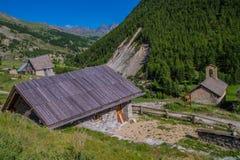 Queyras ceillac Riaille в alpes hautes в Франции стоковые изображения rf