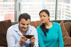 Quién son usted que manda un SMS foto de archivo libre de regalías