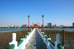 Qui Ming Palace em Lotus Lake Imagem de Stock