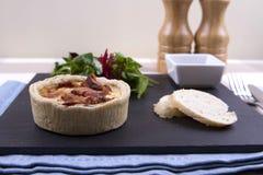Quiche и салат Стоковые Фото