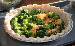 quiche de fromage de cheddar de brocoli photo stock