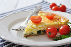 Quiche pie with spinach and cheese Royalty Free Stock Photos