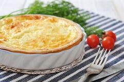 Quichetorte mit Spinat und Käse Stockbild