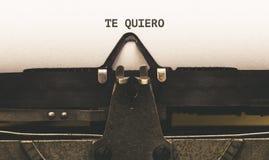 Quiero de Te, texte espagnol pour je t'aime dessus le type auteur de vintage Images stock