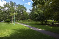 Free Quiet Day In A City Park Royalty Free Stock Photos - 164144028