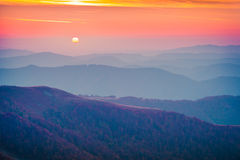 Free Quiet Evening In The Mountains Royalty Free Stock Photography - 57520427