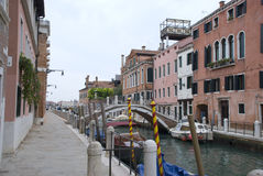 Quiet side canal in Venice Royalty Free Stock Photography
