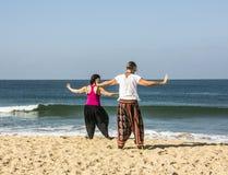 Quigong på stranden av Goa Royaltyfria Foton