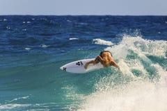 Quiksilver que practica surf Fotografía de archivo