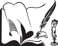 quill книги раскрытый свечкой Стоковые Изображения RF