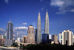 Quilolitro da skyline, Kuala Lumpur, Malásia Imagem de Stock