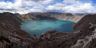 Quilotoa破火山口 免版税库存图片