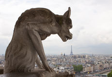 Quimera en Notre-Dame Foto de archivo libre de regalías