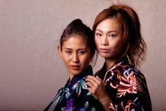 Quimono desgastando da mulher japonesa bonita imagem de stock royalty free