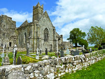 Quin Abbey célèbre en Irlande Images libres de droits