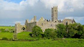 Quin Abtei, Grafschaft Clare, Irland Lizenzfreies Stockbild