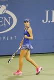 Quince años del jugador de tenis Catherine Bellis durante el segundo partido de la ronda en el US Open 2014 Imágenes de archivo libres de regalías
