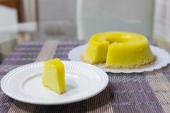 Quindim, Brazylijski deser - kolor żółty, wibrujący zdjęcia royalty free