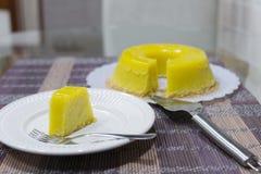 Quindim, Brazylijski deser - kolor żółty, wibrujący obrazy royalty free