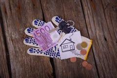 Quinientos euro y la casa de imagen Imágenes de archivo libres de regalías