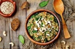 Quinoa σπανακιού μανιταριών φακών Στοκ Φωτογραφίες