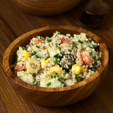 Quinoa και φυτική σαλάτα Στοκ εικόνες με δικαίωμα ελεύθερης χρήσης