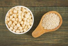 Quinoa pop Chenopodium - quinoa Stock Afbeeldingen