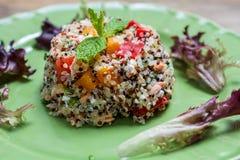 Quinoa tricolora cocinada Fotografía de archivo