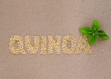 Quinoa woord met basilicum Royalty-vrije Stock Afbeeldingen