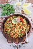 Quinoasallad med grönsaker blandar, citronen och timjan Fotografering för Bildbyråer