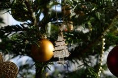 Quinquilharia da árvore de Natal Fotos de Stock Royalty Free