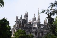 Quinta da Regaleira Palace en Sintra, Portugal Visión desde el parque Foto de archivo libre de regalías