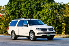 Lincoln Navigator. QUINTANA ROO, MEXICO - MAY 16, 2017: Motor car Lincoln Navigator at the interurban road Royalty Free Stock Images