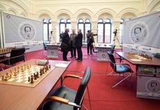 Quinto comienzo del monumento del ajedrez de Michael Talja Fotos de archivo libres de regalías