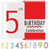 quinto compleanno, carta di celebrazione di 5 anni con i colori vibranti e nastro illustrazione vettoriale