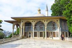 Quiosco de Bagdad situado en el palacio de Topkapi Imagen de archivo