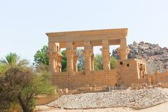 Quiosco troyano del ` s en el templo de ISIS - Asuán, Egipto foto de archivo libre de regalías