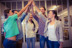 Équipe créative d'affaires ondulant leurs mains Photos stock