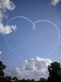 Équipe d'affichage de RAF Red Arrows en vol Photographie stock