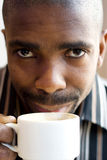 Équipez le café potable Photo stock