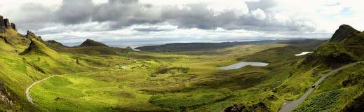 Quiraing op eiland van skye, Schotland stock foto's