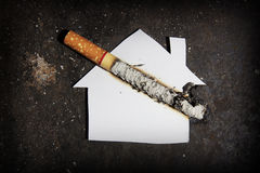 Quit. Smoke cigarettes hurt people in the family Royalty Free Stock Photos