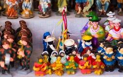QUITO, ECUADOR 07 MEI, 2017: Mooie kleine die cijfers van klei over een witte lijst worden gemaakt Royalty-vrije Stock Fotografie