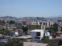 Quito Ekwador linia horyzontu obrazy stock