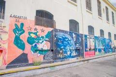 QUITO EKWADOR, LISTOPAD, - 23, 2016: Sztuka na zewnątrz przy starym więźniarskim Karnym Garcia Moreno w mieście Quito Obrazy Stock
